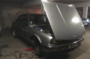BMW E30 325i with the bonnet open